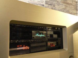 A_Accuphase_A-50_m0a722_2.jpg