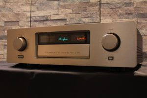 ___Accuphase_C-290_m0a697_1.jpg