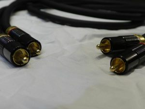 7N+8N_Pure_Copper_Hybrid_twin_core_RCA_1m2_m0o205_1.jpg