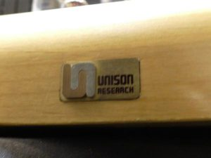 _A_Unison_Research_Simply_Four_m0a800_4.jpg