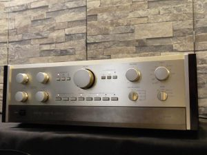 _Accuphase_C-200V__m0a750__1.jpg