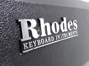 _Rhodes_piano_Mark_m0o257_10.jpg
