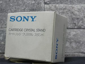 _Sony_Cartridge_Crystal_STAND_m0o354__3.jpg